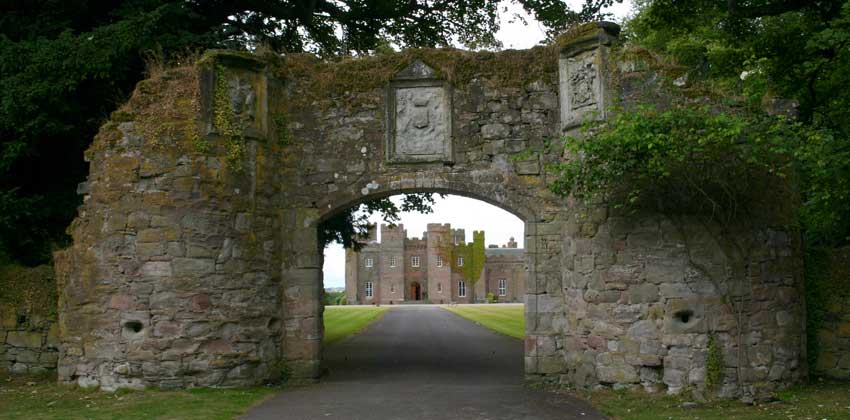 Entrance to Scone Palace