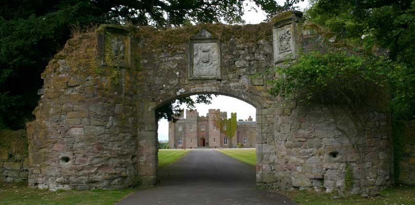 Entrance to Scone Palace